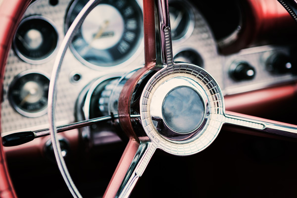classic-car-steering-wheel-shutterstock_379706125