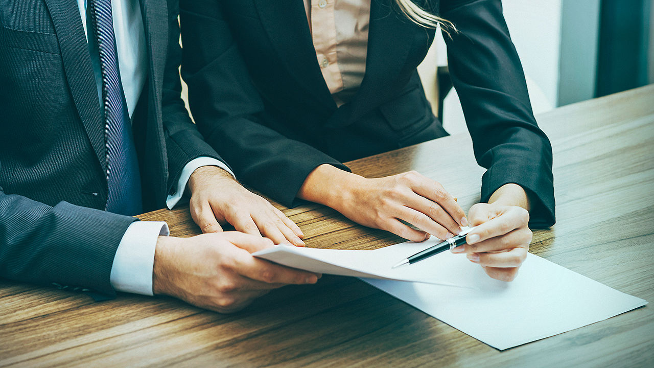 7 ways to negotiate your way to sales superstardom.