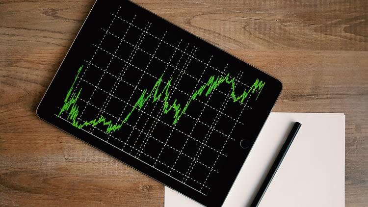 4 ways to use data intelligence to your advantage.