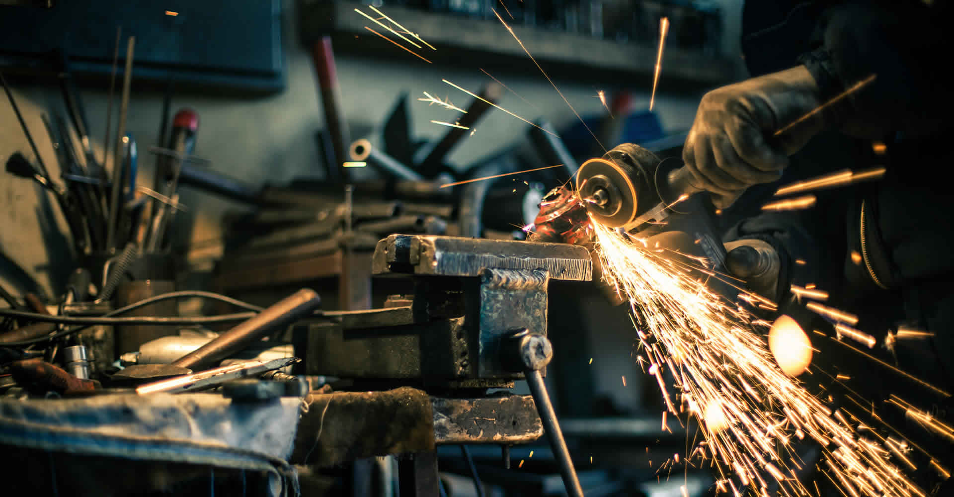 The UK manufacturing industry: cashing in with Big Data?