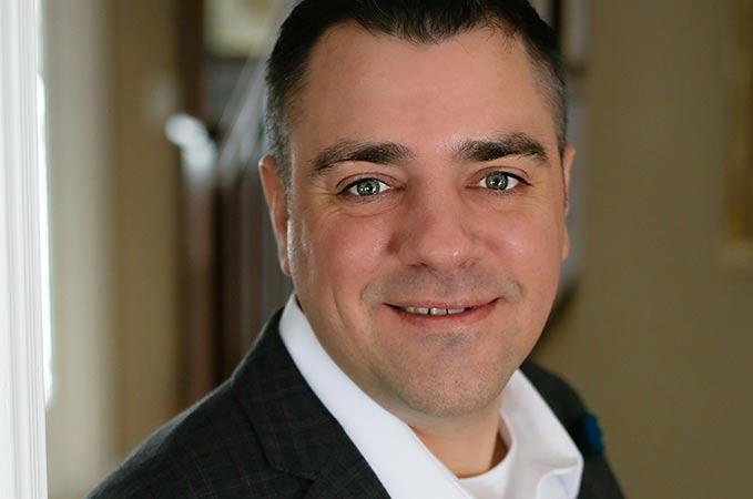 Joe Grussenmeyer, VP Sales, North America, joins sales-i team.